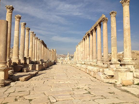 Jerash: Roman Colonnade